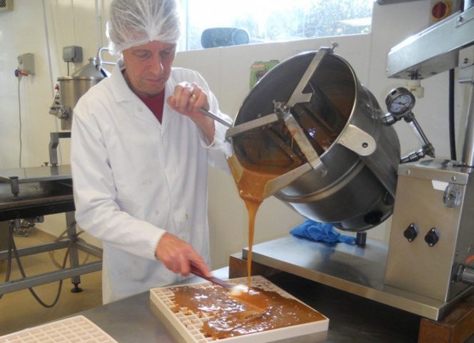 Jeff Casting the fudge from the vats.